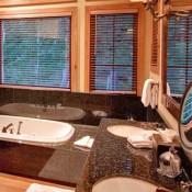12 Bellemont Bathroom