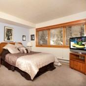 Aspen Ridge Bedroom Keystone