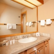 Aspen Ridge bathroom Keystone