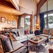 Apsen Townhomes Living Room -Beaver Creek