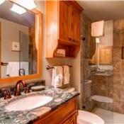 Borders Lodge Bathroom -Beaver Creek