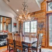 Buckhorn Townhomes Dinning room-Beaver Creek