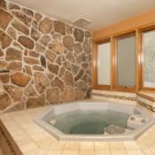 Chateaux DuMont Hot Tub Keystone