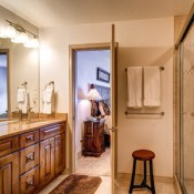Chateaux Bathroom- Breckenridge