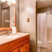 Double Eagle Bathroom - Breckenridge