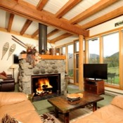 Evergreen Living Room Keystone