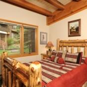 Evergreen Bedroom Keystone