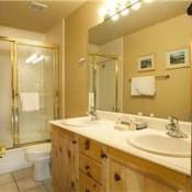 Glenfiddich Bathroom Deer Valley