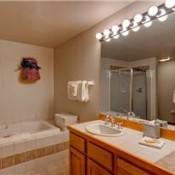 Highlander King Crown Bathroom - Breckenridge