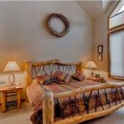 Highlander King Crown Bedroom - Breckenridge
