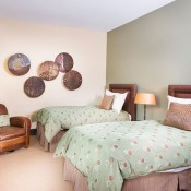 Hummingbird Lodge Bedroom - Beaver Creek