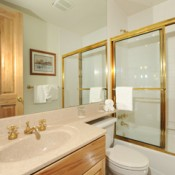 Ironwood Townhomes Bathroom Keystone