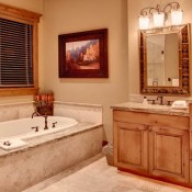 Lookout at Deer Valley Bathroom