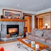 Market Square Living Room - Beaver Creek