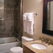 Mountaineer Townhomes Bathroom - Breckenridge