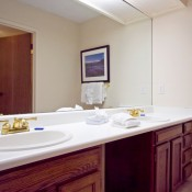 Mountainwood Condos Bathroom - Breckenridge