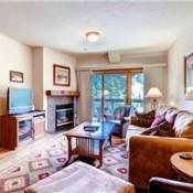 Oro Grande Living Room Keystone