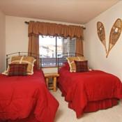 Powderhorn Bedroom -Beckenridge