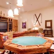 Quarter Moon Living Room - Beaver Creek