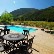 Red Hawk Lodge Pool & Hot Tub Keystone