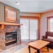 Red Hawk Lodge Living Room Keystone