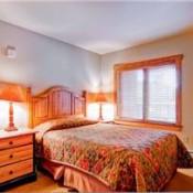 Red Hawk Lodge Bedroom Keystone
