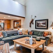 Ridgepoint Townhomes Living Room - Beaver Creek