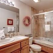 Riverbend Bathroom  - Breckenridge