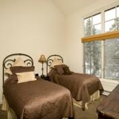 The Seasons Bedroom Keystone