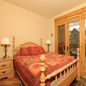 Settlers Creek Bedroom Keystone