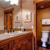 Ski Hill Bathroom - Breckenridge