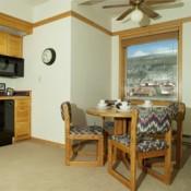 Slopeside Dining Room Keystone