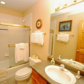 Snake River Village Bathroom Keystone