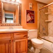 Trails End Bathroom - Breckenridge