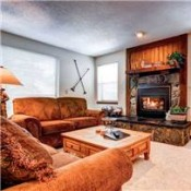 Tyra I Living Room - Breckenridge